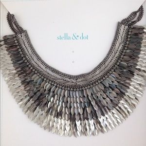 Stella & Dot Pegasus Necklace Silver